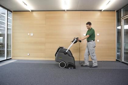 Teppichreinigungsgeräte